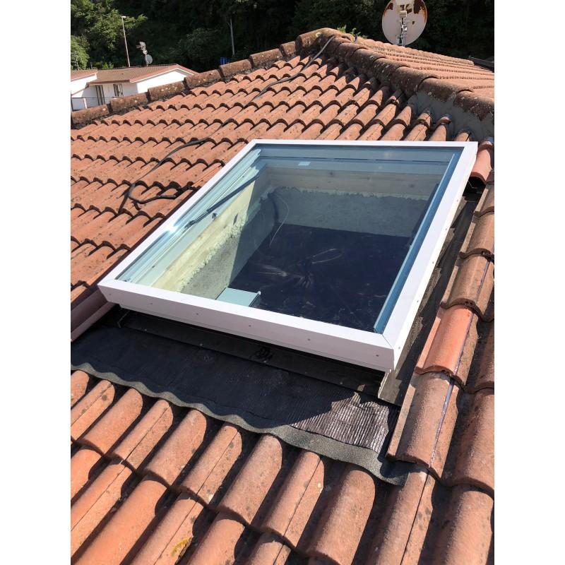 Finestre da tetto 39 39 lucelux 39 39 d8 d m d snc for Finestre a tetto